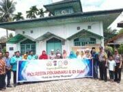 Jumat Barokah Polresta Pekanbaru Sambangi Warga Kurang Mampu daerah Rumbai Pesisir