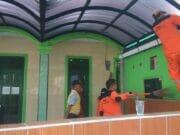 Jelang Ramadhan Kelurahan Kembangan Selatan Bersama Warga Bersihkan Tempat Ibadah